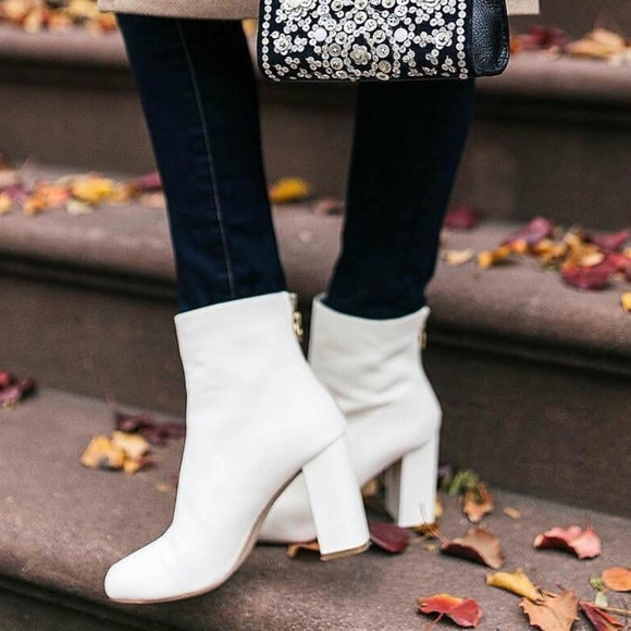Joie Shoes   Joie White Leather Boot Sz